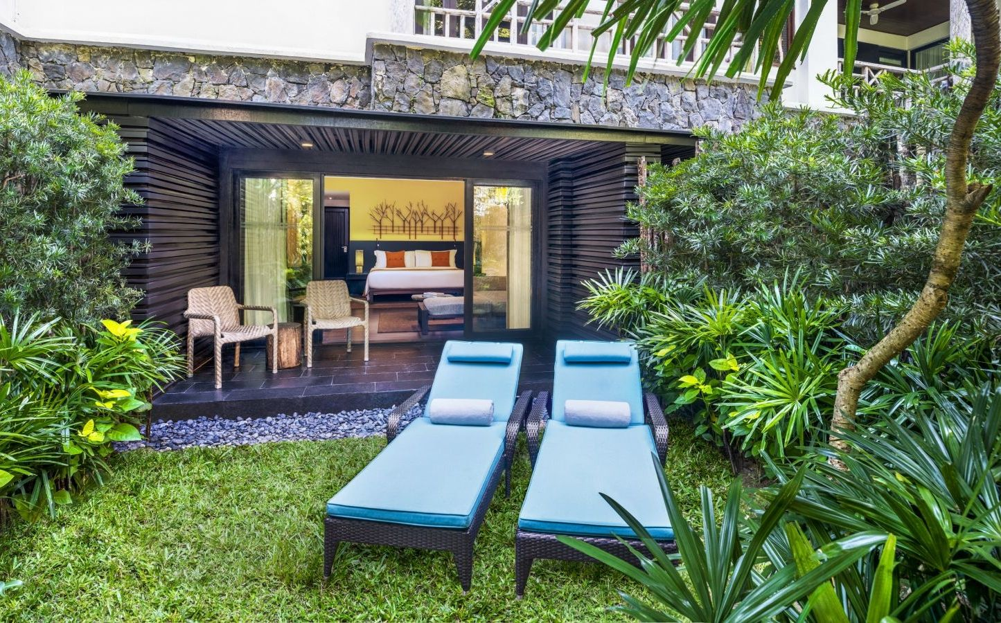 Langkawi Accommodation l Luxury Rooms l The Andaman, a Luxury ...